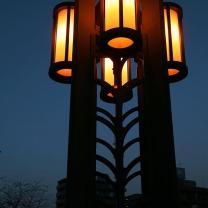 大岡川の住吉橋の親柱